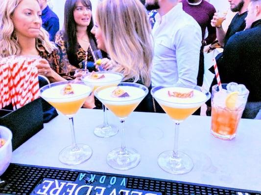 MT - Weddings - Cocktail Reception - Image 7
