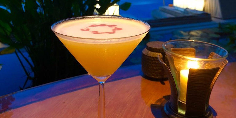 alcohol-bar-candlelight-1058434-768x1024