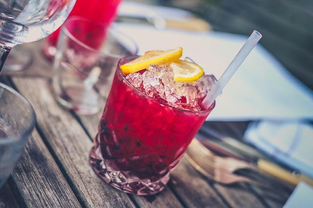 alcohol-1853327_640 (1)